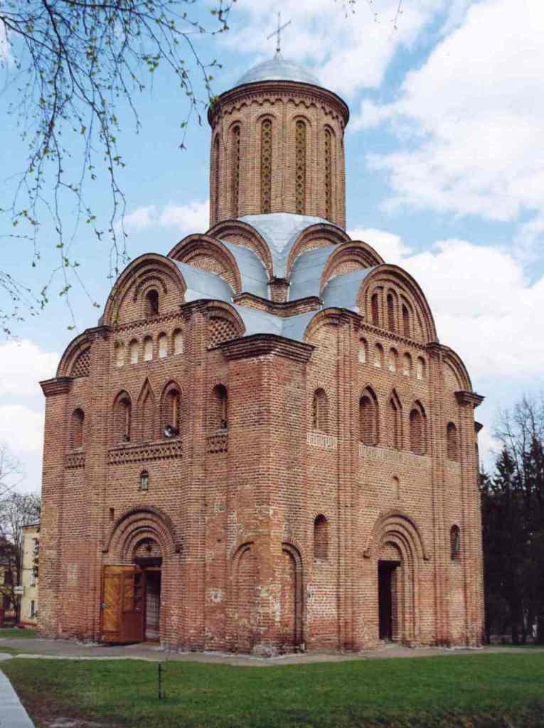 П'ятницька церква в Чернігові. Кінець 12 ст. | Історія