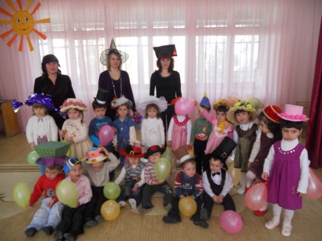 Конкурс головных уборов в детском саду для мальчиков